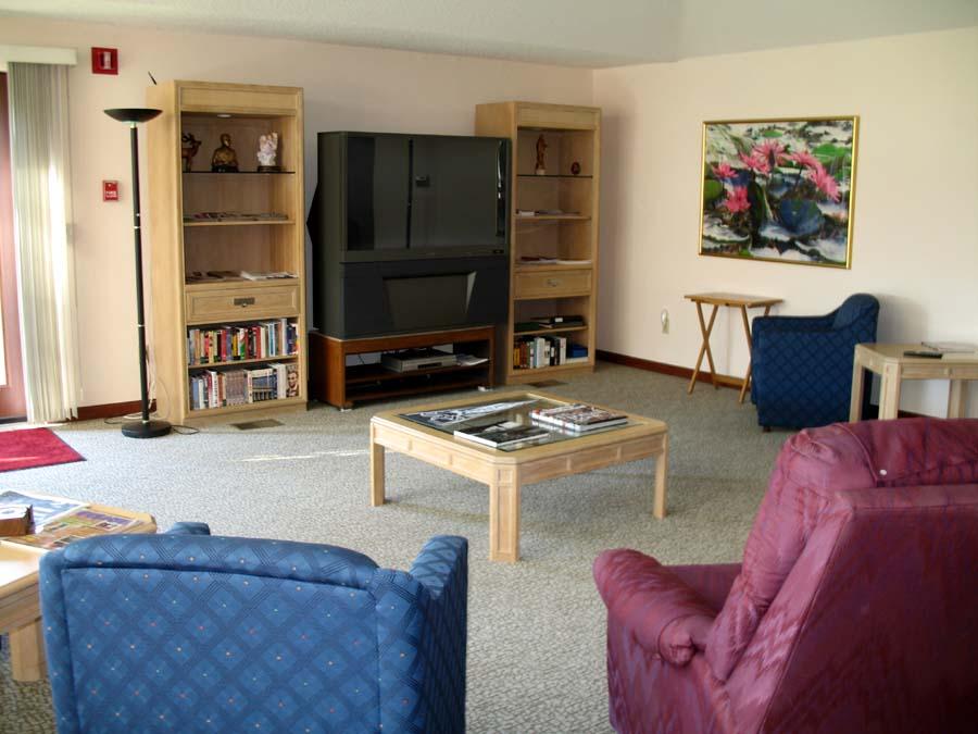 1152-interior room