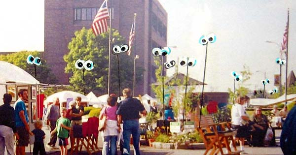 Art on Square- Eyeball Experience (1)
